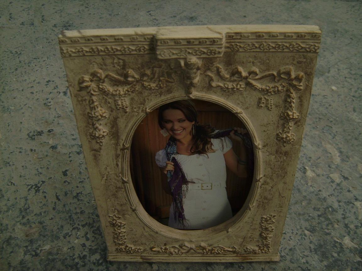 Porta retrato de ceramica color beige con disenos fahiam - Colores de ceramica ...